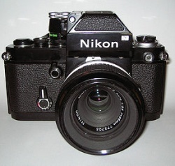 nikon_apl.jpg