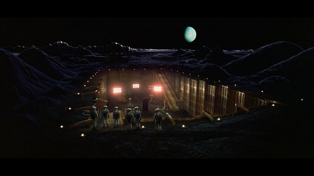 2001-moon-01.jpg